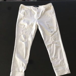 White cropped Hollister jeans